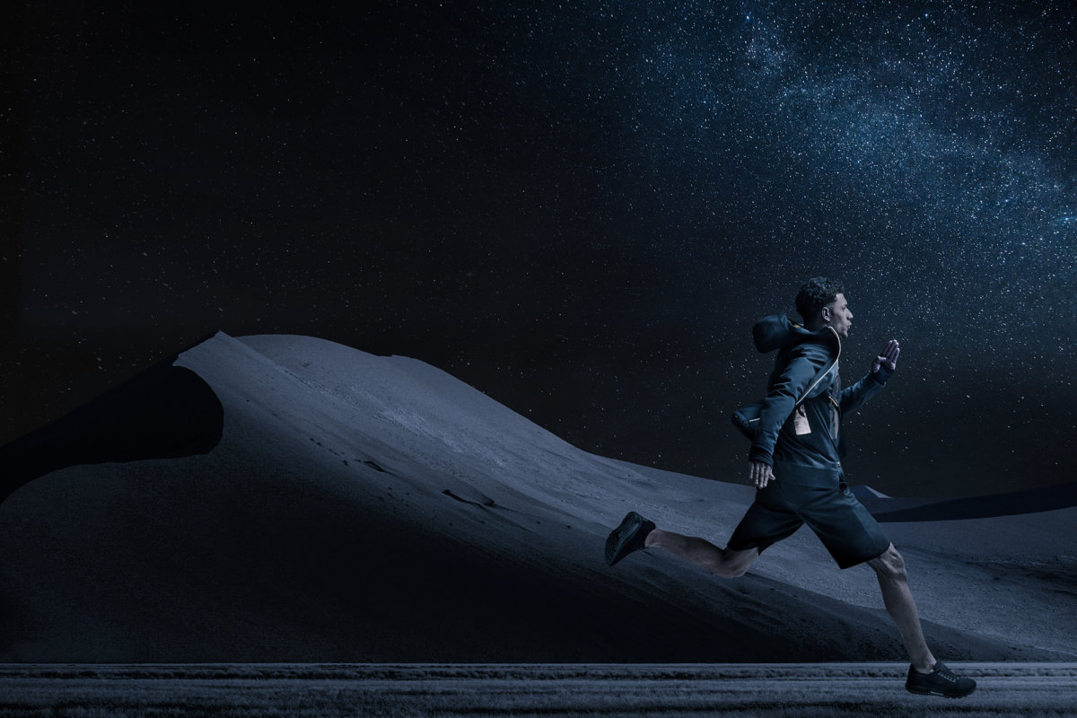 Full Moon Desert Run – Dirk Rees - CRXSS