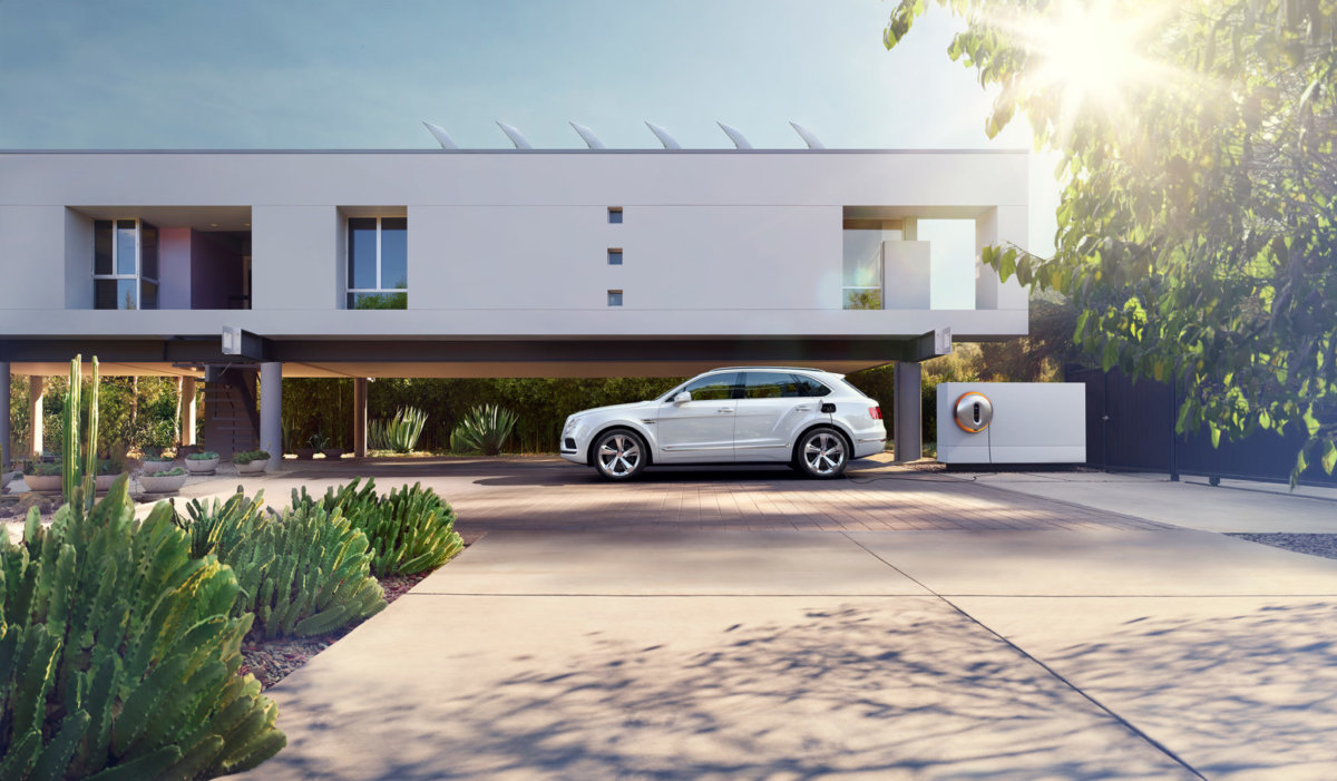 Bentley Bentayga – Circle Media - CRXSS