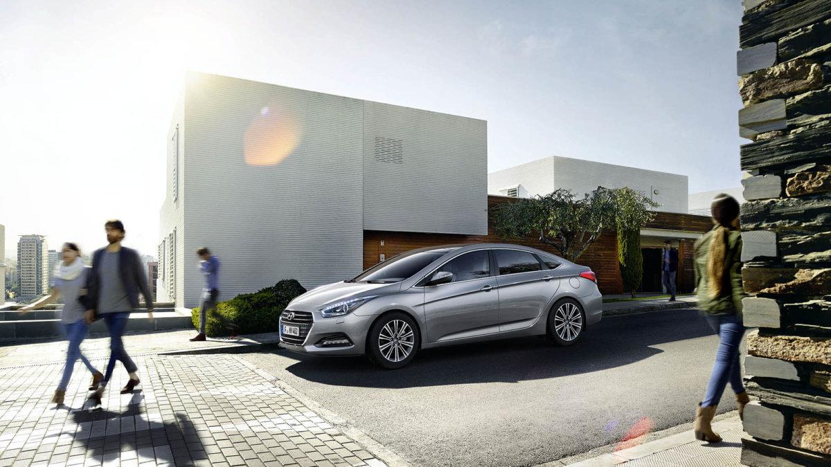 Hyundai – Simon Puschmann - CRXSS