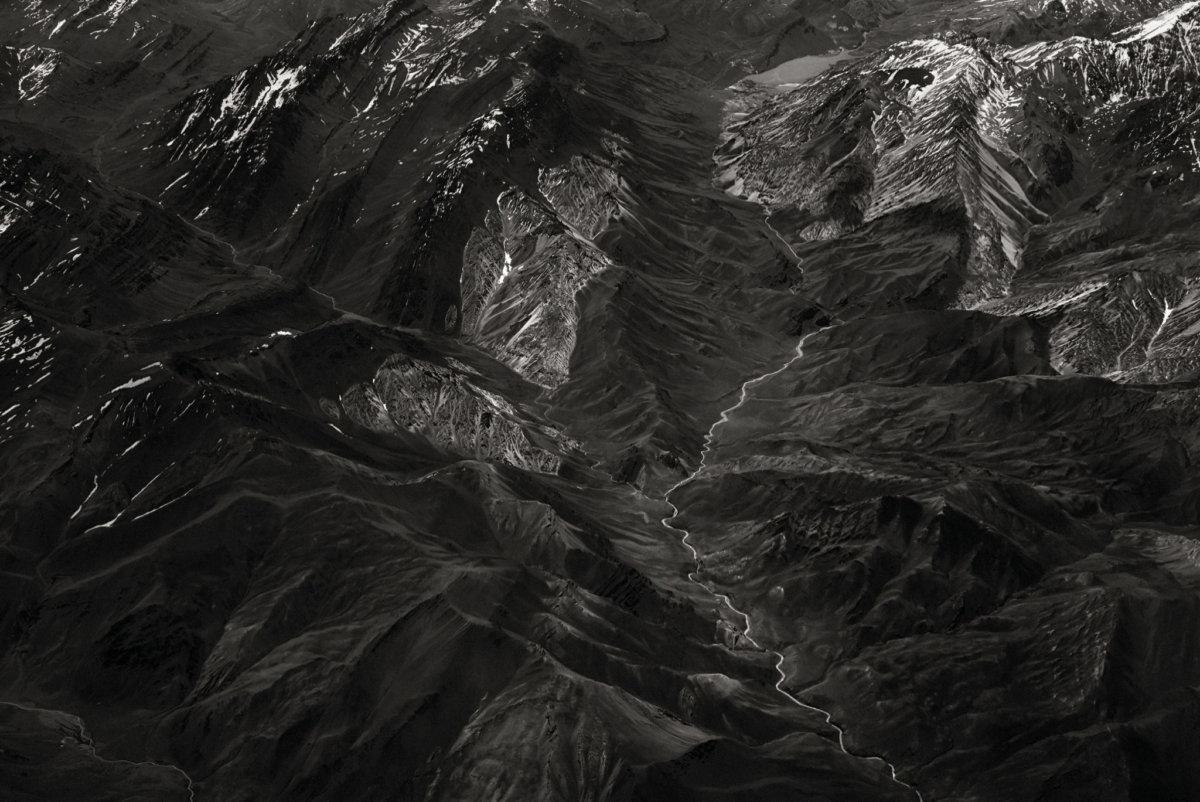 Crossing the Andean Mountains – Simon Puschmann - CRXSS