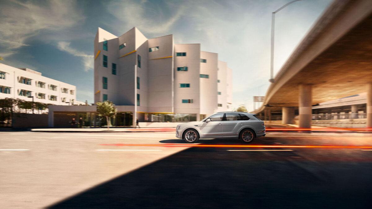 How Time Flies… The Bentley Bentayga 2 Campaign by Simon Puschmann - CRXSS