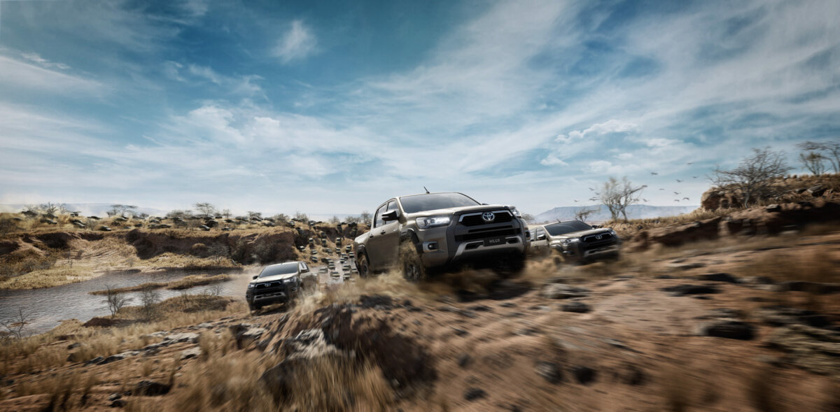 A stampede of Toyota Hilux's by Atomic14 - CRXSS